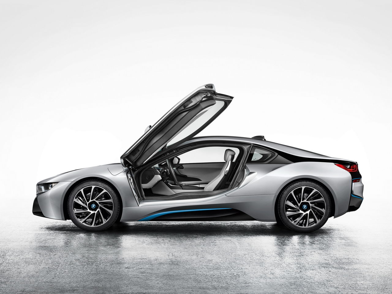 bmw_i8_coupe_2