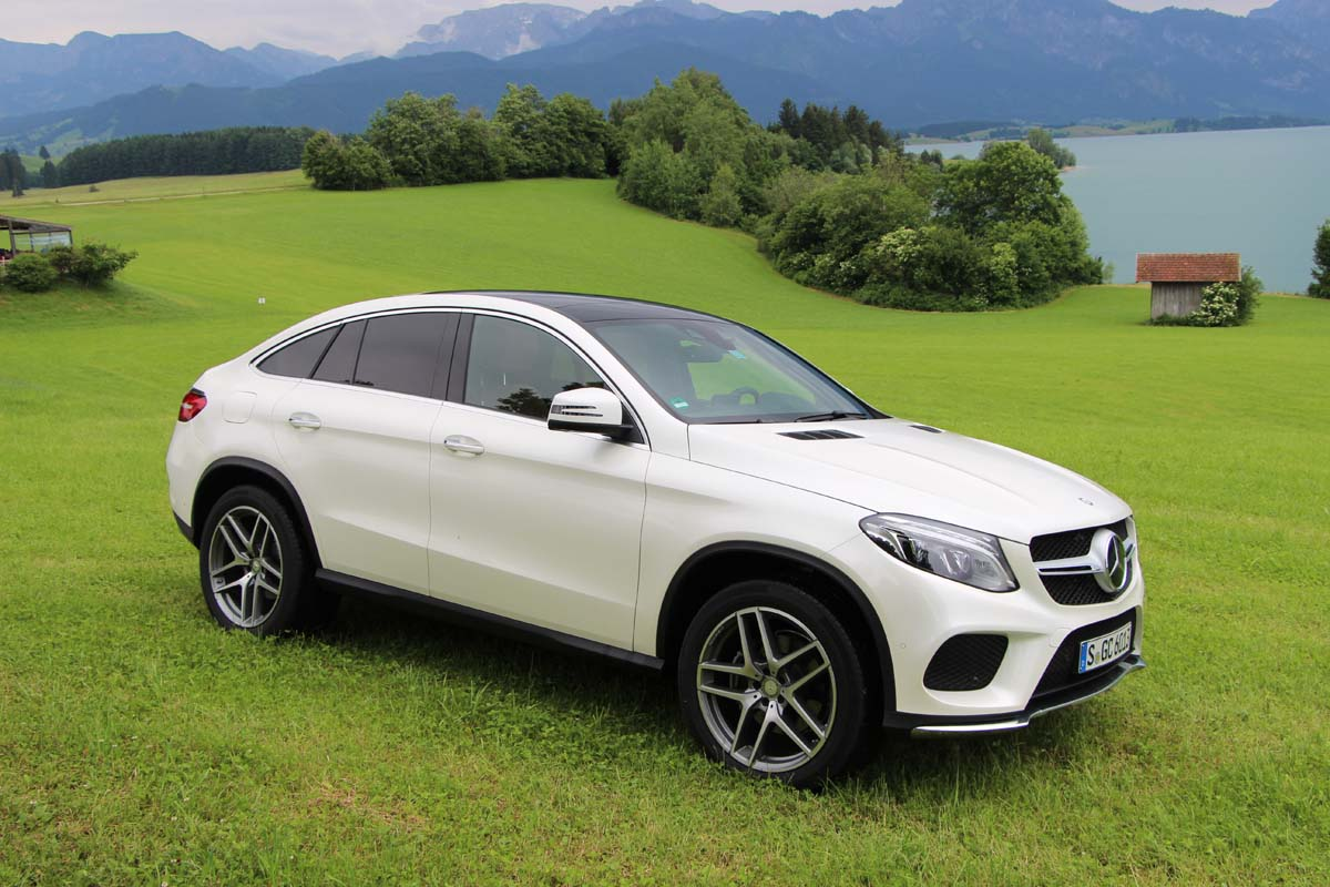 Premier contact mercedes benz gle et gle coup 2016 for Mercedes benz address