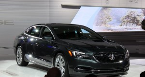 Salon de Los Angeles: voici la nouvelle Buick LaCrosse 2017