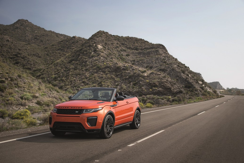 RR_Evoque_Convertible_ext_dynamic (1)