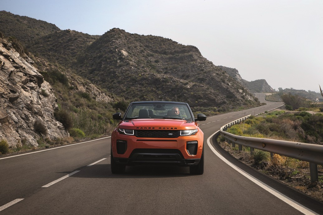 RR_Evoque_Convertible_ext_dynamic (4)