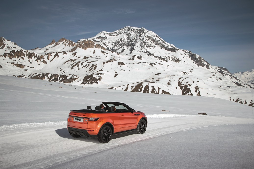 RR_Evoque_Convertible_ext_dynamic (5)