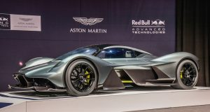 L'Aston Martin AM-RB 001 débute sa carrière en Salon à Toronto