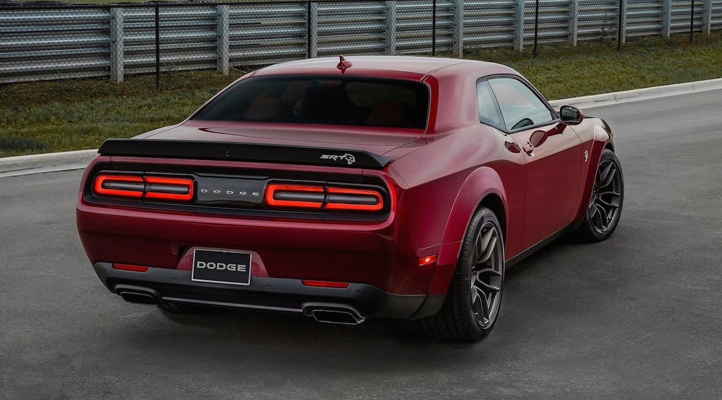 14.2-Dodge-Challenger_SRT_Hellcat_Widebody-2018-1600-0b