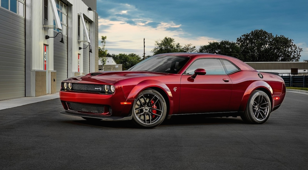 7-Dodge-Challenger_SRT_Hellcat_Widebody-2018-1600-01