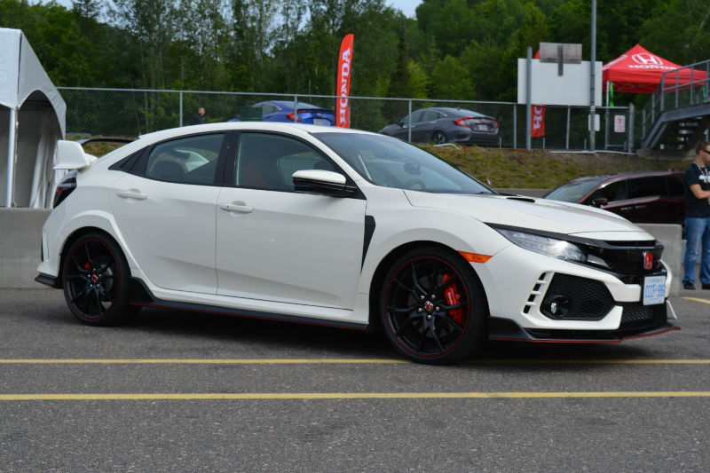 2017 Honda Civic Type R77