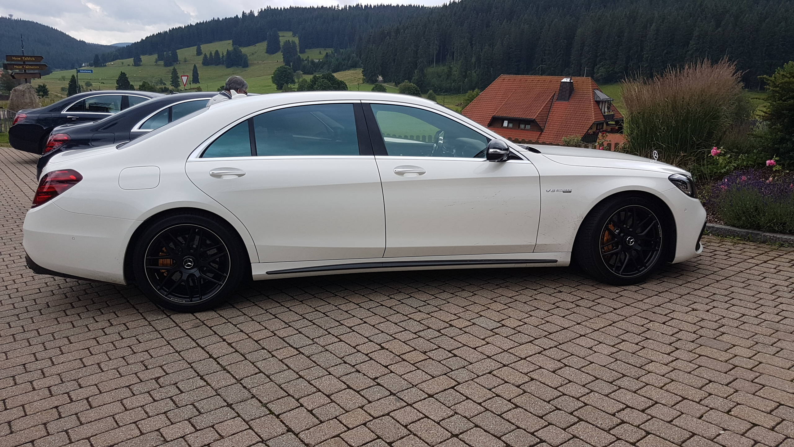 essai rapide mercedes amg s 63 4matic 2018 luxury car. Black Bedroom Furniture Sets. Home Design Ideas