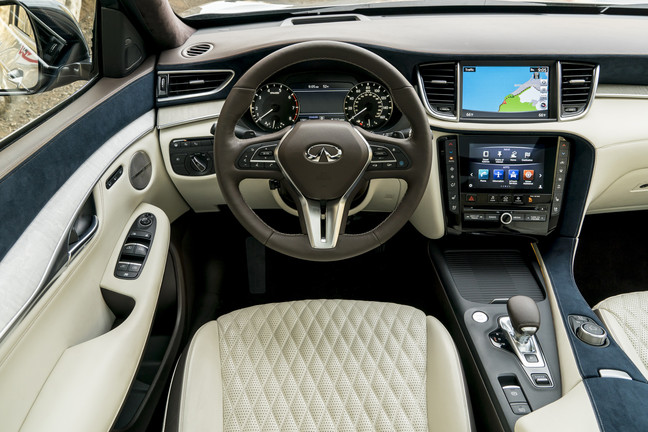 2019_INFINITI_QX50___Interior_Photo_05.JPG