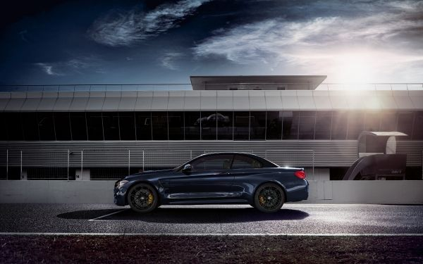 P90293978_lowRes_bmw-m4-convertible-3