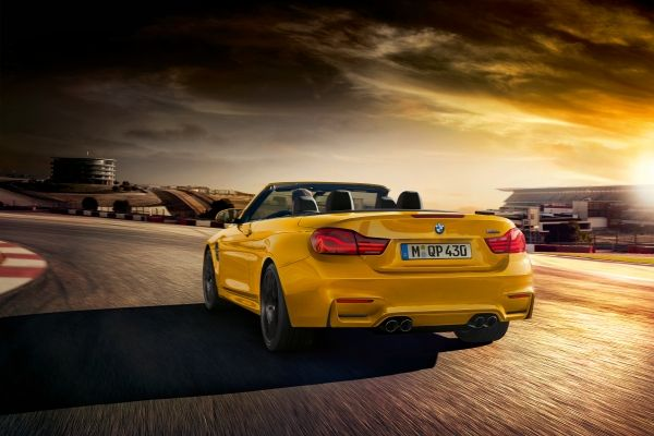 P90293994_lowRes_bmw-m4-convertible-3