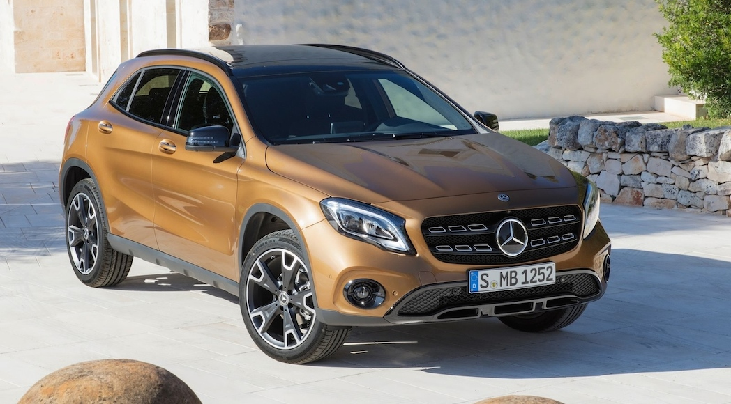 Mercedes-Benz-GLA-2018-1