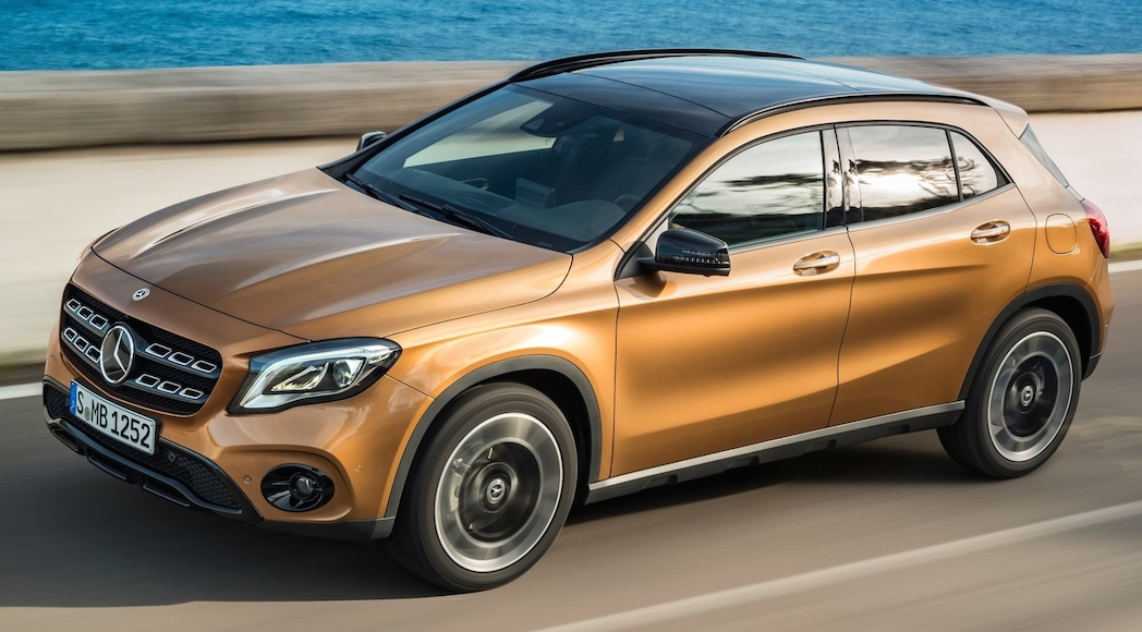 Mercedes-Benz-GLA-2018-2
