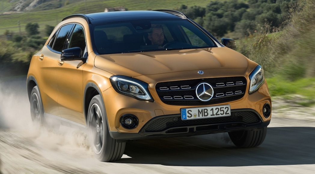 Mercedes-Benz-GLA-2018-4