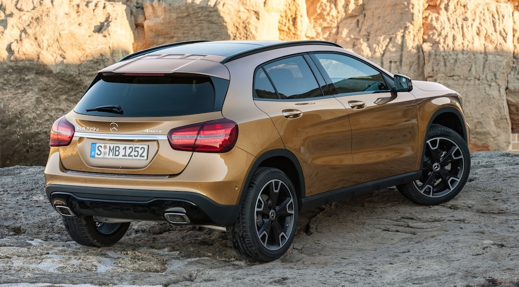 Mercedes-Benz-GLA-2018-6