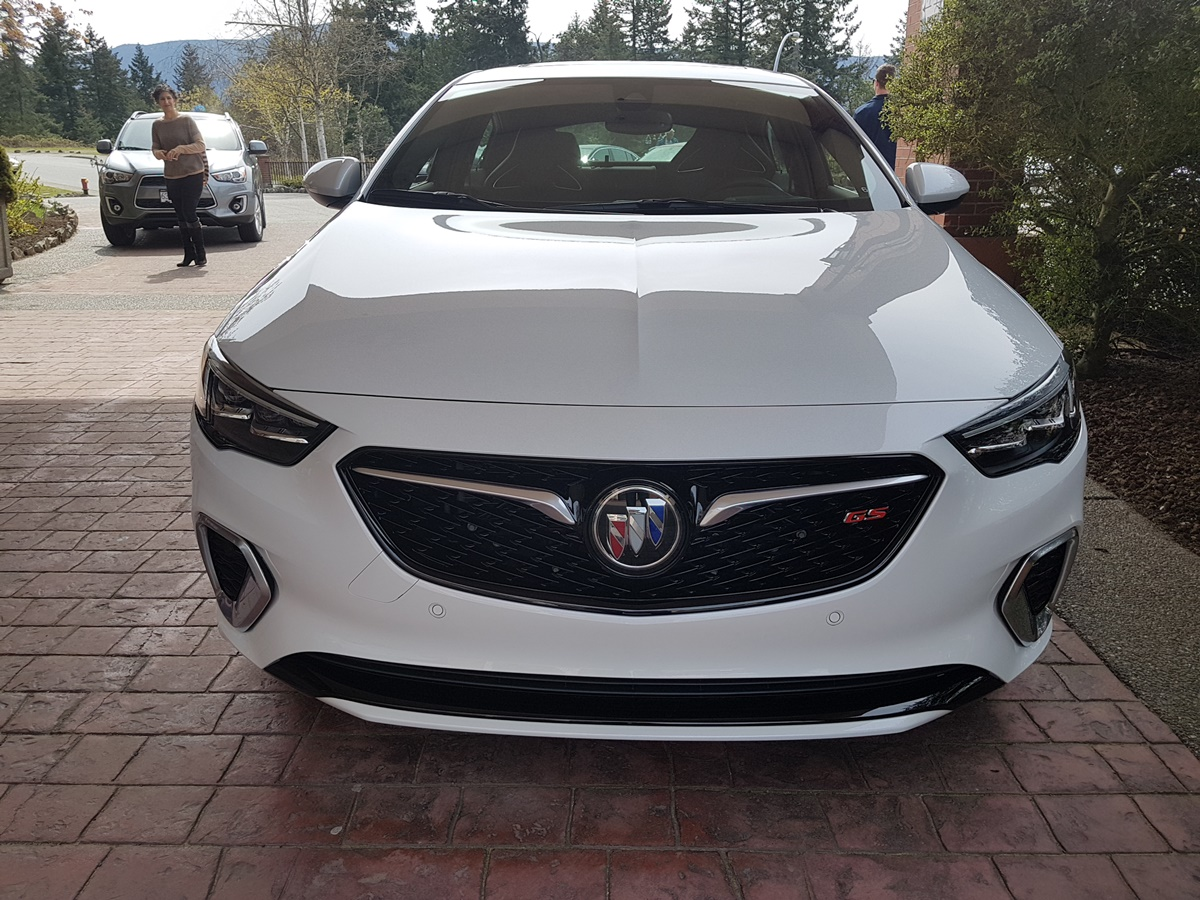 Buick REGAL 2018 (11)