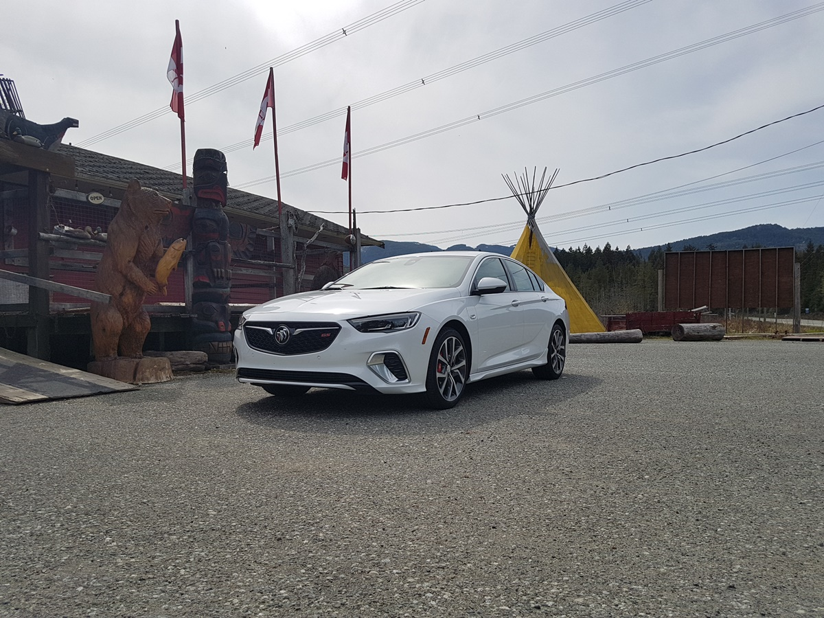 Buick REGAL 2018 (15)