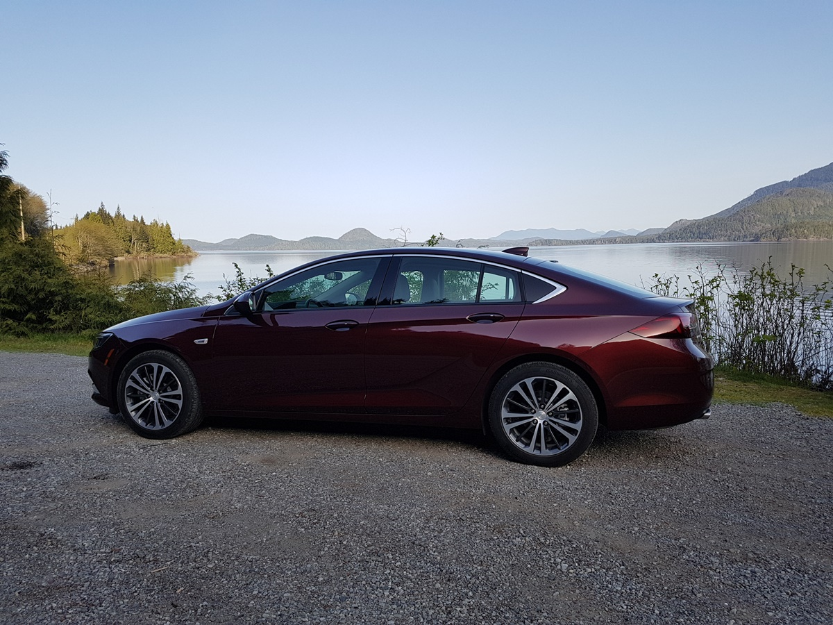 Buick REGAL 2018 (47)