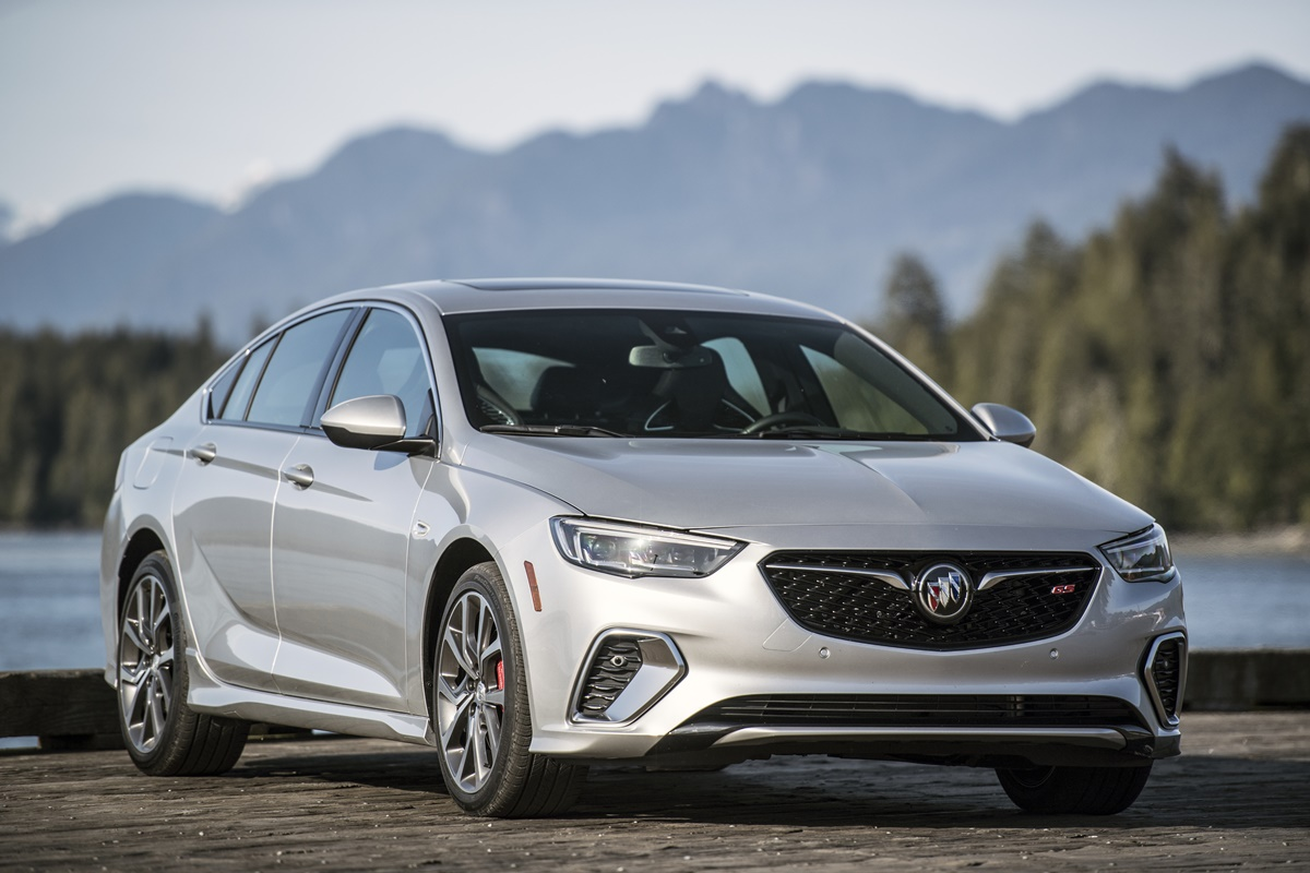 Buick REGAL 2018 (5)