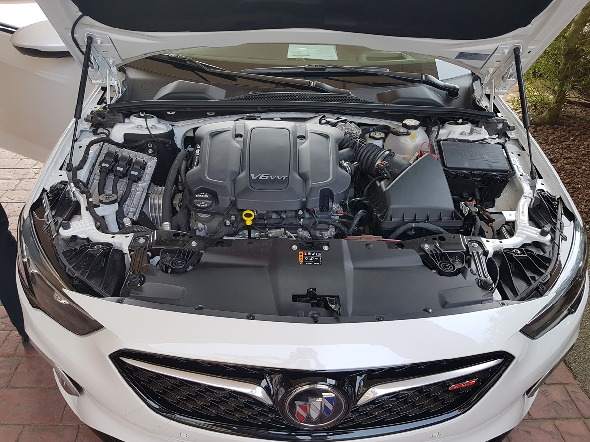 Buick REGAL 2018 (9)