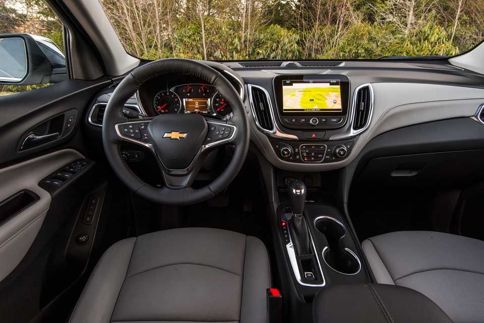 The interior of the 2018 Chevrolet Equinox features an intuitive