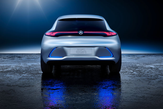 Mercedes-Benz-Concept-EQA-rear-view