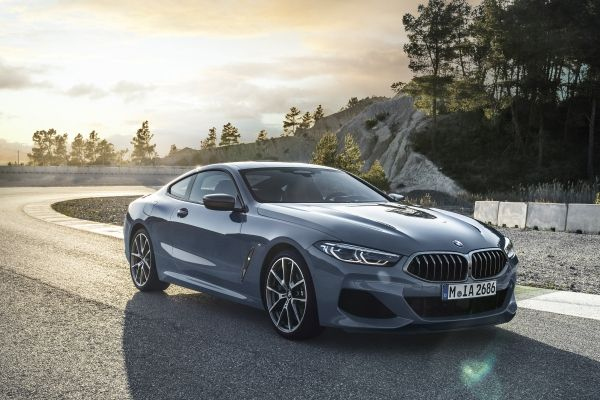 P90306628_lowRes_the-all-new-bmw-8-se