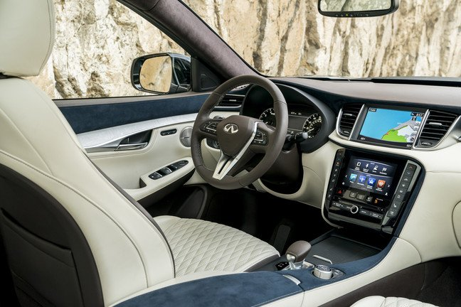 2019_INFINITI_QX50___Interior_Photo_01.JPG