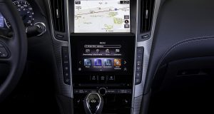 Infiniti adopte finalement Apple CarPlay et Android Auto
