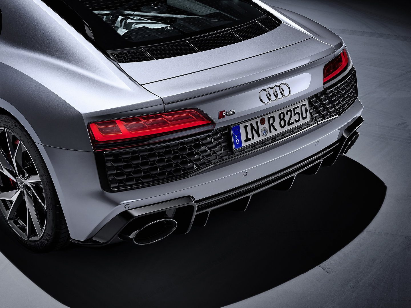 Audi R8 V10 RWD Coupe