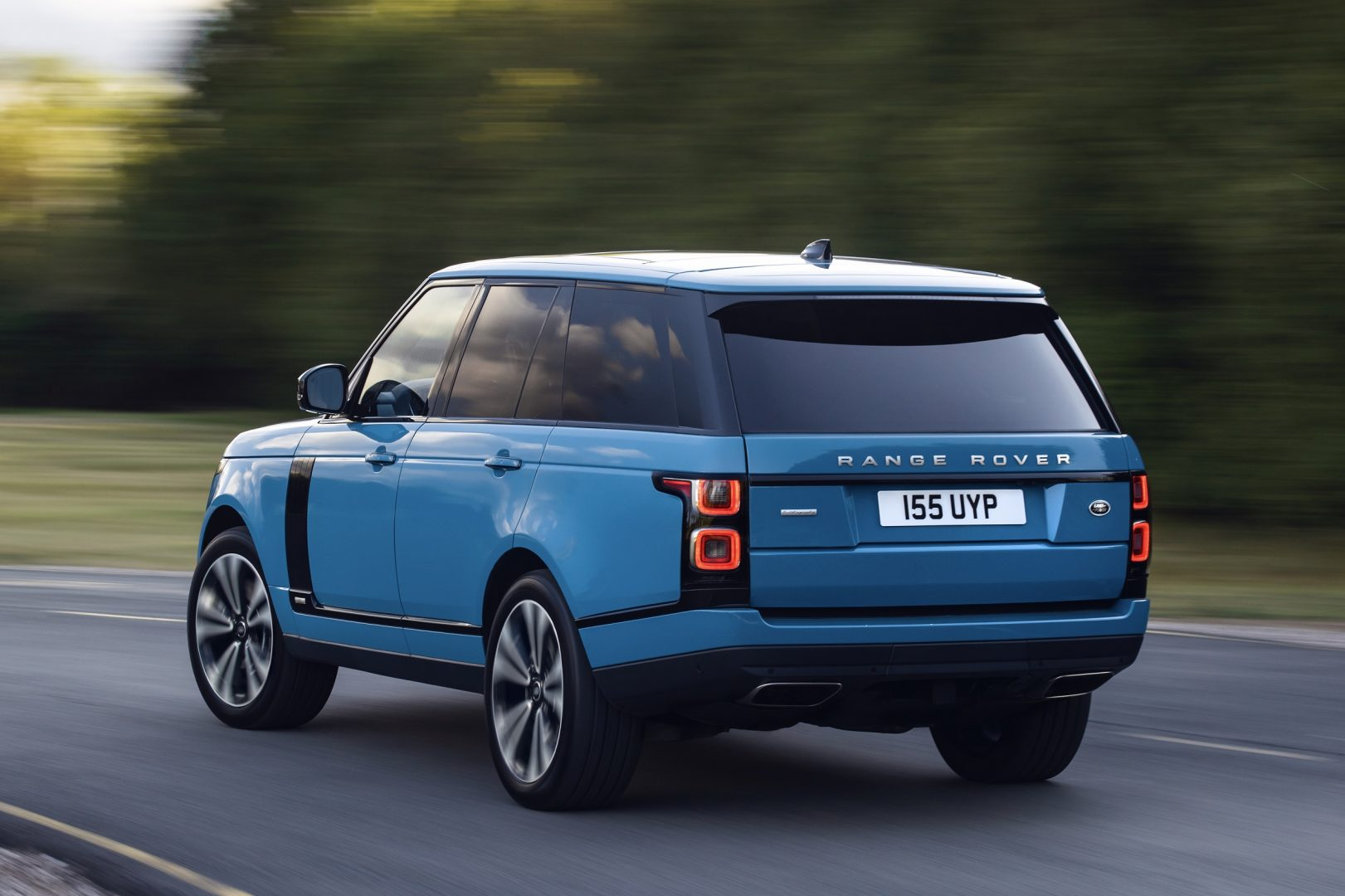 2021-land-rover-range-rover-fifty-22
